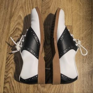 Predictions Oxford Womens Shoes